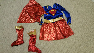 ON HOLD Girls Supergirl Halloween/Dress Up Costume, Size M(7-10)