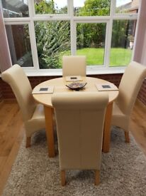 Next Cambridge Light Oak Extending Dining Table and Chairs in