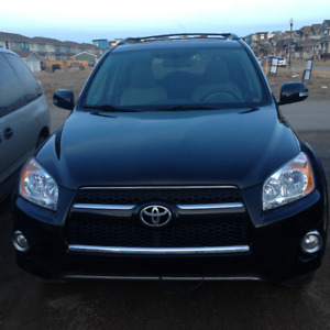 Low Milage & Well Maintained 2009 Toyota RAV4 Limited SUV