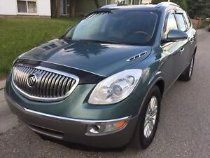 Beautiful family SUV Buick Enclave CX 2009