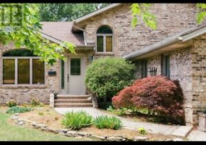 !!! PERFECT HOUSE IN LASALLE CITY FOR RENT !!!