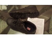 safety work boot size 11 brand new by TUF