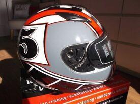 Roadstar Phantom Racer - Integral Sunvisor, Red/Black/Grey, Size XL 61/62cms New & Unused.