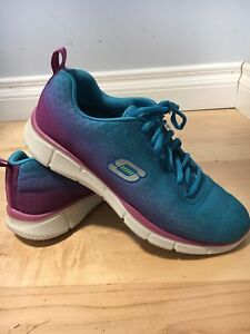 Sketchers runners size 7.5