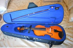 Violin; 3/4 Size with Bow & Case