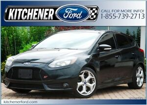 2014 Ford Focus ST NAVI/ROOF/LEATHER RECAROS/6 SPD MANUAL