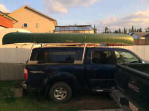 """Old Town Discovery 16'9"""" Tripping Canoe"""