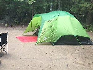 4 pers tent, sleeping bags and matress!!