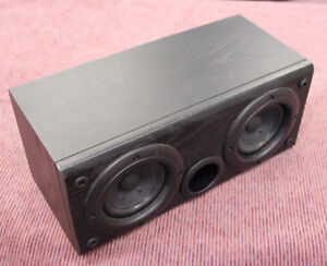 Bass Reflex Twin Woofer Aiwa Center Speaker