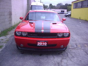 2010 Dodge Challenger SXT Coupe (2 door) - WARRANTY