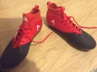 Adidas Boys 17.3 football boots size 5.5