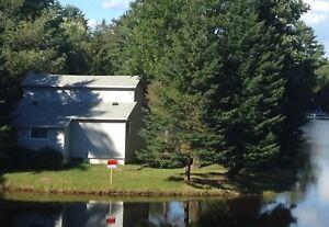 Maison ou chalet 4 saisons bord de l'eau
