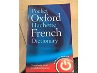 Pocket Oxford Hachette French-English Dictionary