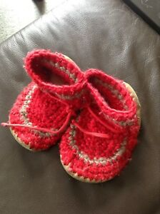 Padraig Country Cottage children's slippers