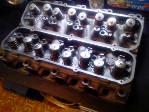 Ford new rebuilt 460 heads 1973