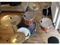 Pearl drum kit & cymbals
