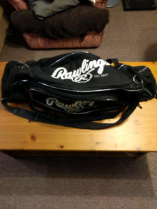 Softball/Baseball Bag 25$