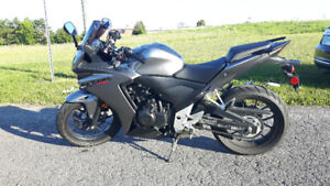 2015 HONDA CBR500R ABS Black/Grey