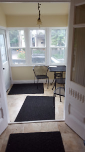 Queens Graduate Students (Furnished Room)