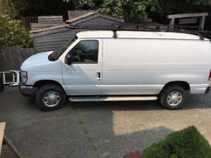 2011 Ford E-250 Minivan, Van