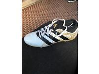 Adiddas sock football boots size 3