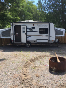 2015 Jay Feather Ultralite by Jayco SLX