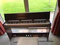 Yamaha electric piano for sale in Llancarfan