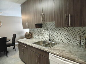 1035 Monroe Avenue - 2 Bedroom Apartment for Rent