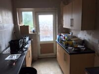 refurbsihed 2 bed flat to rent in Great Wirley