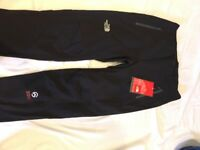 "32"" regular North face summit series soft shell trousers - NEW"