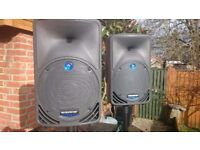 Mackie Speakers C200 Pair Including boxesand manuals. Collection only SP8 Dorset