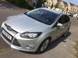 FORD FOCUS 2011 / 1.6 DIESEL (Leathers+SatNav)