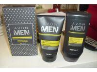 NEW FOR MEN ENERGIZING GIFT SET SHAMPOO, CONDITIONER + SHAVE + WASH