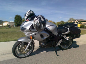 SV650 low km excellent condition