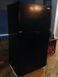Frigidaire Stove self-cleaning, Whirlpool refrigerator black set