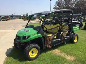 Excellent Condition! John Deere XUV 550 Gator Utility Vehicle