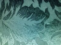 NEW DARK GREEN JACQUARD TABLE CLOTH HIGH QUALITY FROM FENWICKS 70 INCHES x 52 INCHES LEICESTER
