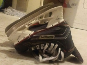 Bauer Vapor X700 Jr Ice Hockey Skates Size 4.5