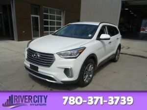 2017 Hyundai Santa Fe XL AWD PREMIUM Heated Seats,  Bluetooth,