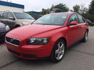 2006 VOLVO S40 T5 TURBO, POWER GROUP, LEATHER, SUNROOF, LOADED!!