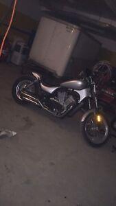Bobber intruder 750cc