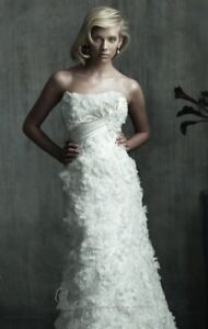 Allure Couture C175 Wedding Gown - Size 4