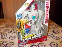 Transformers Hero Mashers Figures - Autobot Heatwave & Jetfire