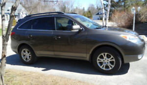 2009 Hyundai Veracruz - 7 places