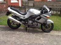 Kawasaki zzr 600 55 reg 2005, possible delivery