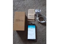 SAMSUNG GALAXY S5 UNLOCKED MINT CONDITION COMES WITH WARRANTY AND BOX