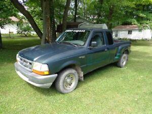 1999 Ford Ranger Splash xlt Camionnette