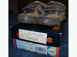 Stride Rite Shoes - Size 5m