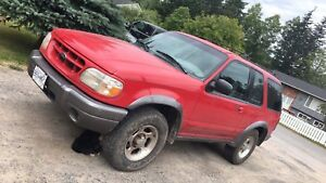 1999 Ford Explorer reduces to 4000 obo instead of 5G