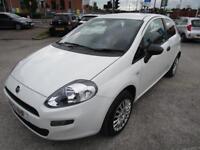 Fiat Punto POP (white) 2013-04-19